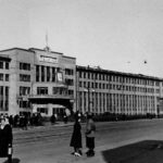 Проспект П. Виноградова (Троицкий) в районе Дома Советов